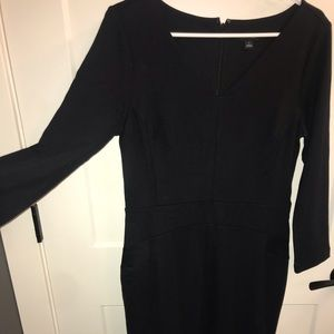 Anne Taylor NWOT black dress